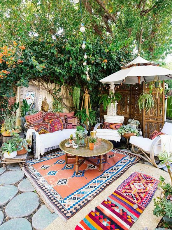 Outdoor Living Ideas For Balconies and Small Spaces