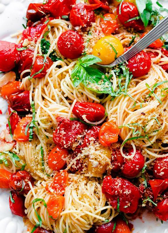 Summer Salads and Pasta Dishes To Make Before The Warm Weather Ends
