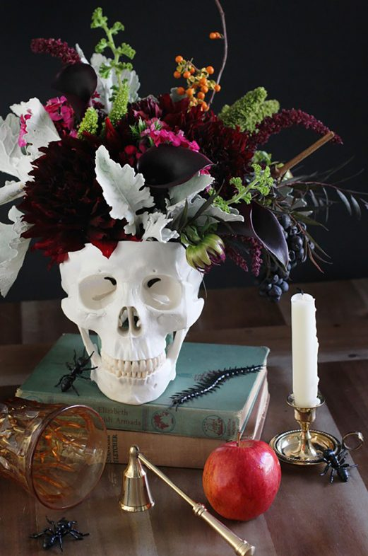 Skull Vase for a Elegant Halloween Party
