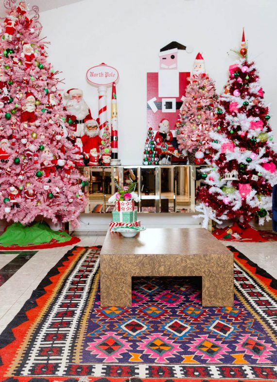 30 Awe-Inspiring Christmas Tree Themes To Choose From | A ...