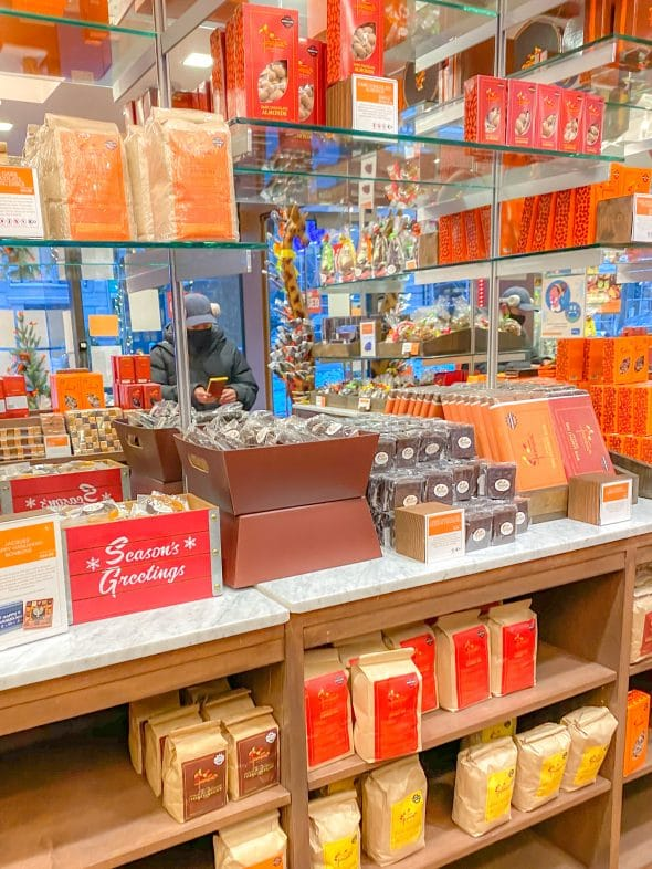 Christmas in NYC: Jacques Torres chocolate