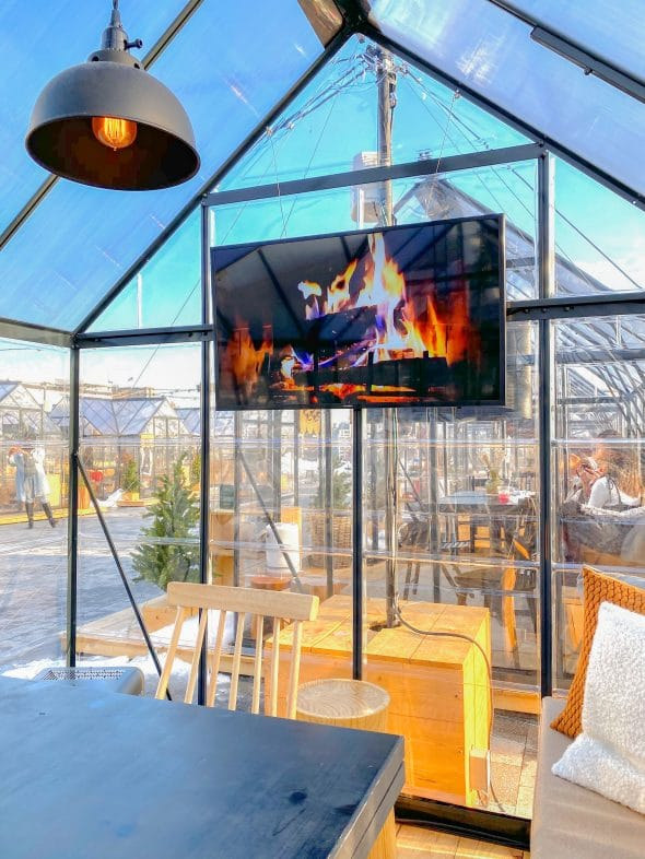 Christmas in NYC: Virtual fireplace and a rooftop cabin