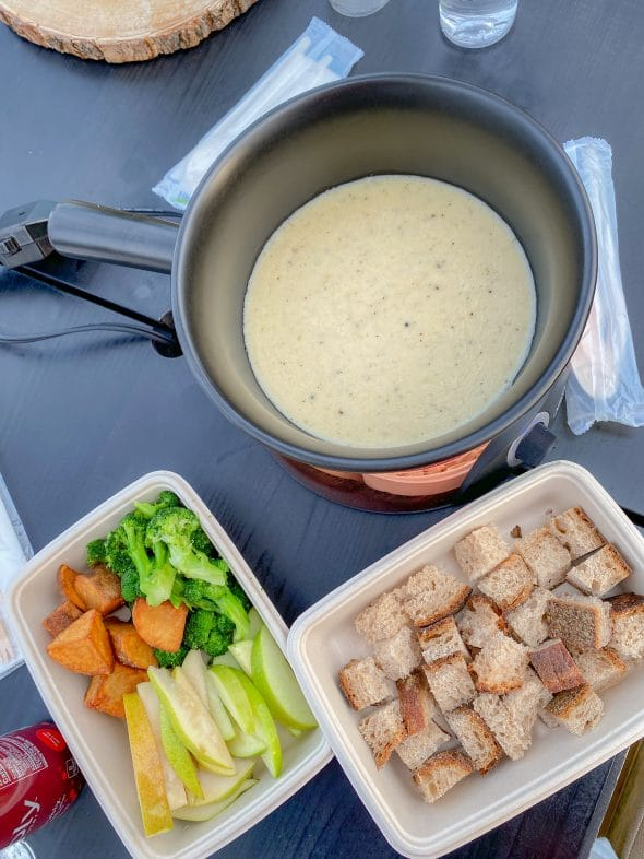 Christmas in NYC: Cheese Fondue at The Greens